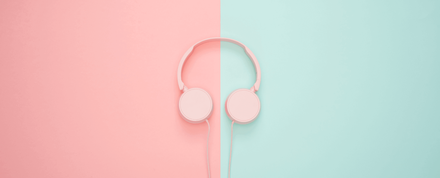 34 Marketing & Social Media Podcasts Any Professional Should Listen To