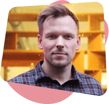 Simon Baker TCO London | Speaker at Planable Academy